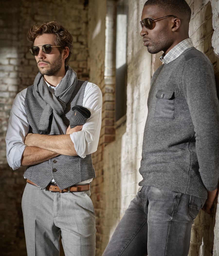 Louis Francois Roeselare album collectie 2018 - Dominique: broek wol flannel Z. Zegna / gillet Eleventy // Christopher: hemd & pull Hackett / jeans PT05